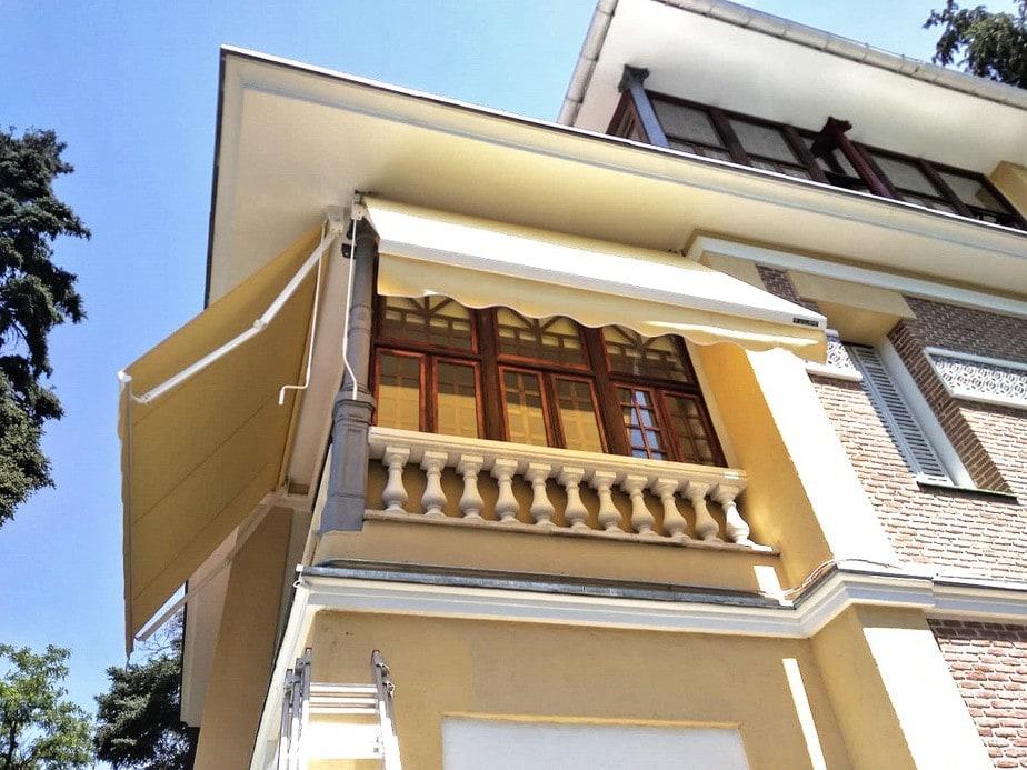 toldo balcón casa