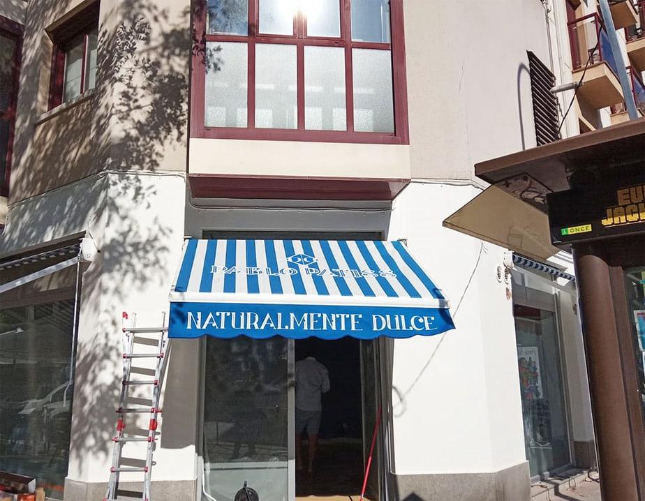 toldo-azul tienda